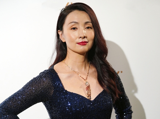 陶虹王丽坤同台比美 一个长裙优雅一个霸气女王范